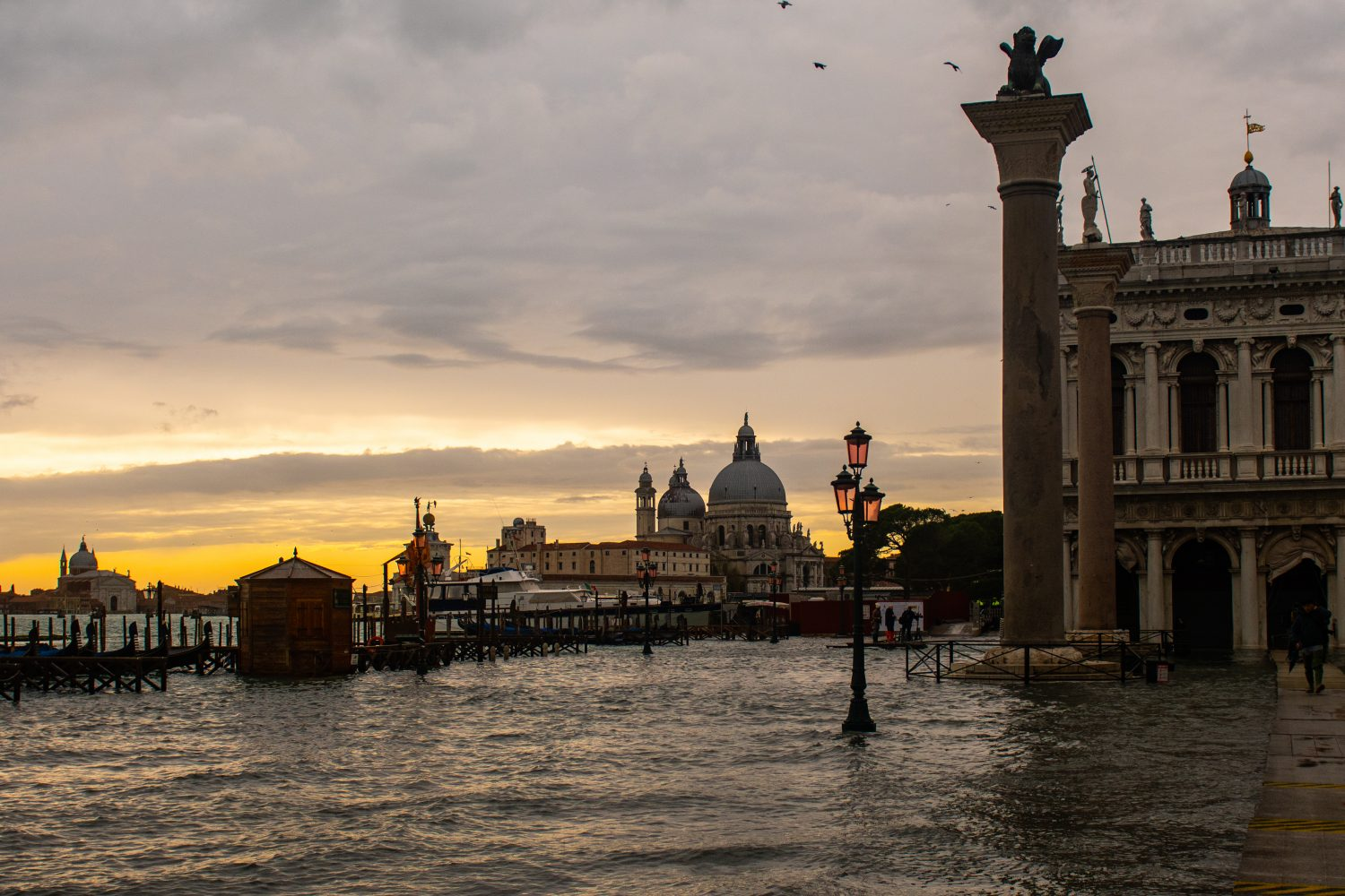 Historical High Tide in Venice – Aqua Granda and Aqua Grandissima